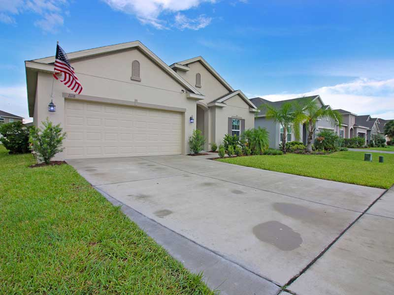 1118 White Water Bay Dr Groveland FL 34736